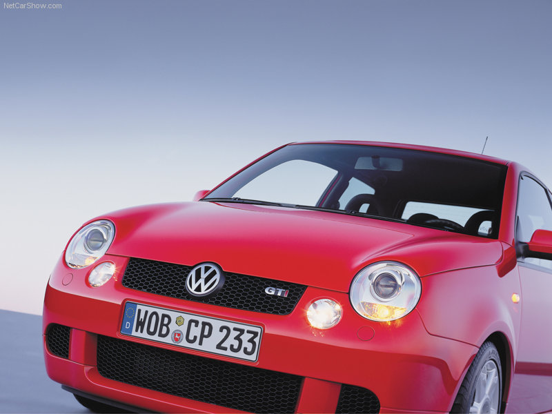 000 Lupo Red 05